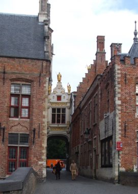 Bruges covered passage