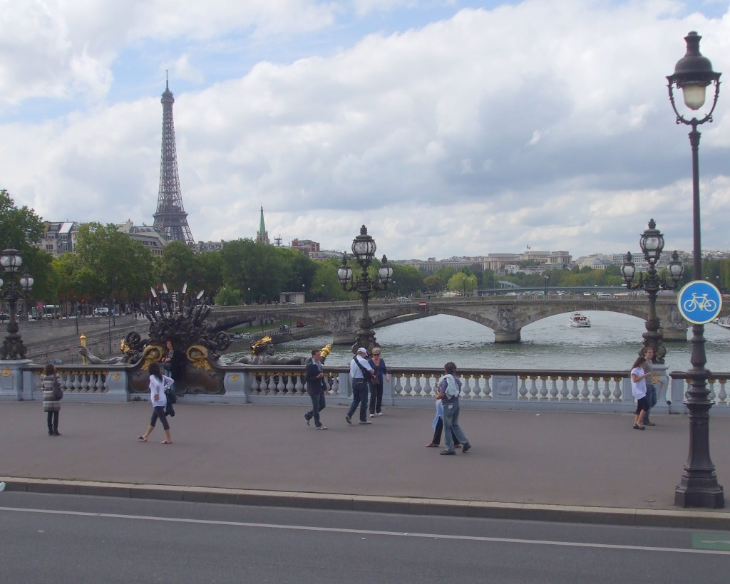 Strolling in Paris, Eiffel Tower