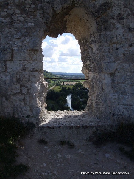 A window on the Seine, Chateau Gailliard