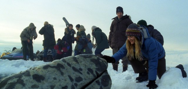 Rescuing the whales in Big Miracle