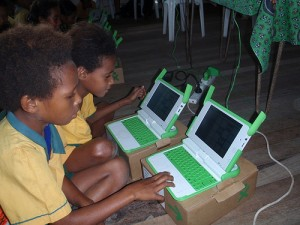 New Guinea children and computer