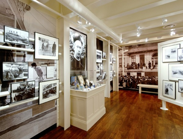 Titanic Photo Room