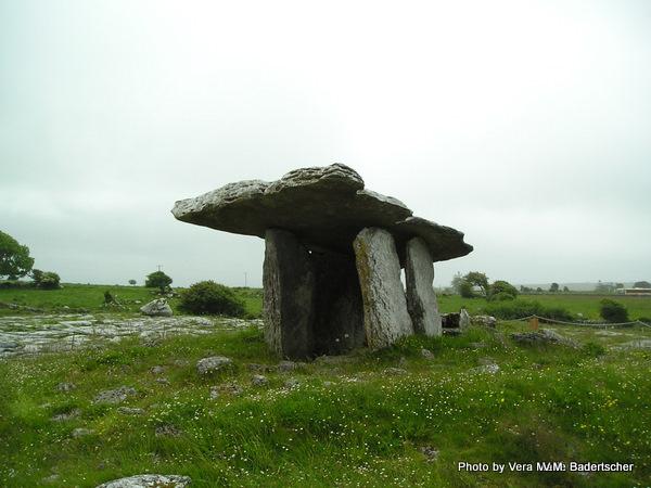 Neolithic tomb, Ireland