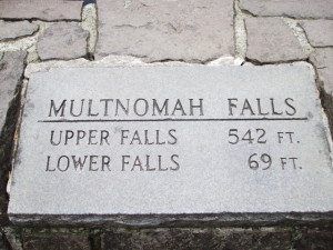 Multnomah Falls sign