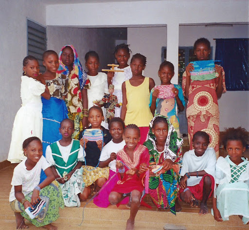 Teaching Mali girls to crochet