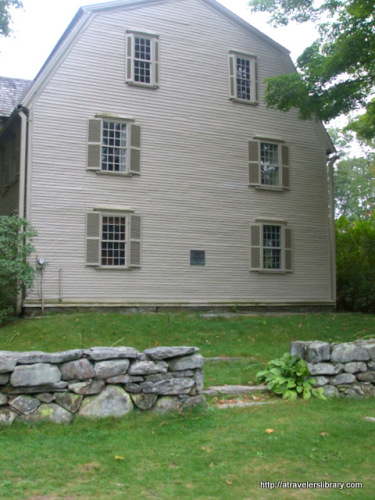 THe Old Manse, Hawthorne lived here.