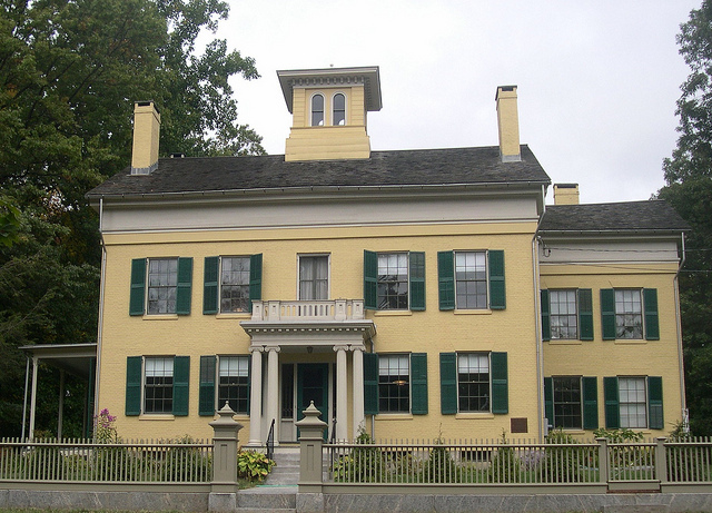 Emily Dickinson HOme